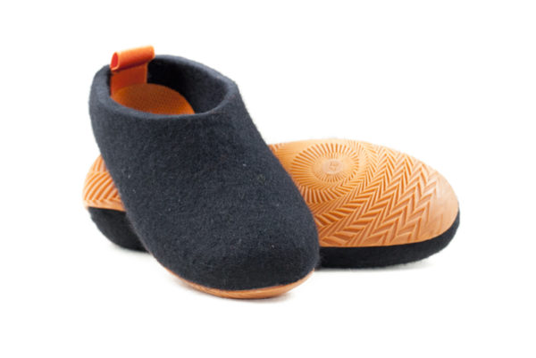 Felt shoes-437